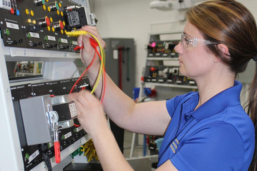 Student testing circuitry